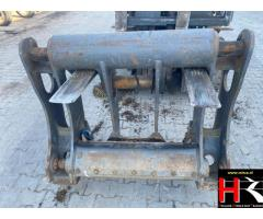 Quick hitch system for Volvo Wheelloader L150